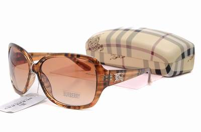 lunettes optique burberry femme lunette de vue burberry lunette burberry holbrook blanc. Black Bedroom Furniture Sets. Home Design Ideas